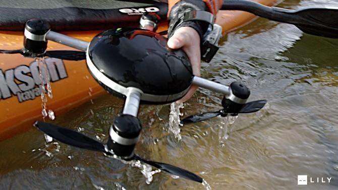 媲美GoPro的防水航拍:Lily无人机随身带