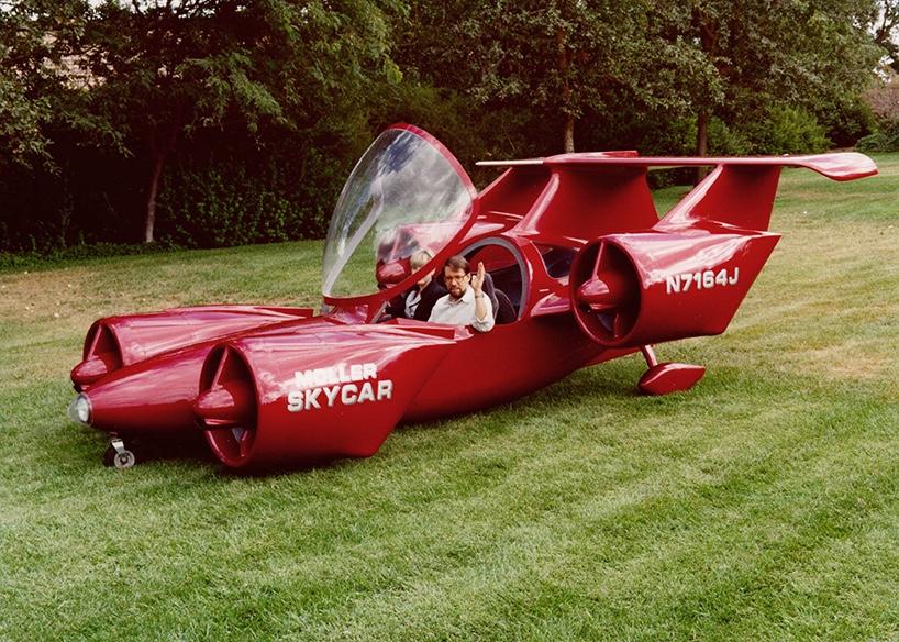 在 eBay 上,M400 Skycar 的标价为 100 万美元,不知道最终的成交价格会变成多少呢?据悉,这辆 M400 Skycar 保存得非常完好,它与最初的飞行状态几乎一致。 -4
