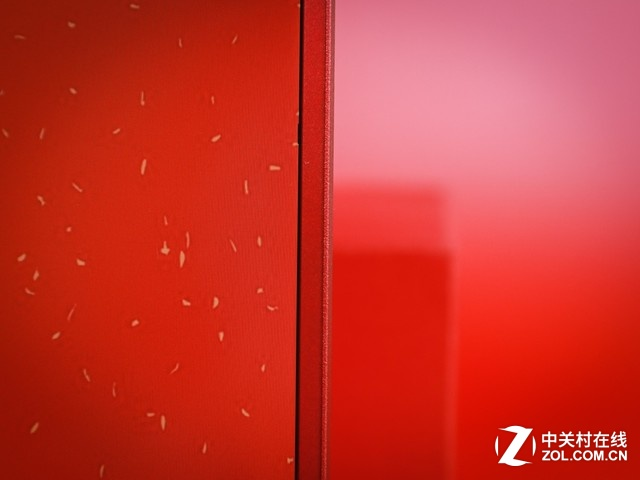 新年想红就选它 宏碁Swift3烈焰红图赏